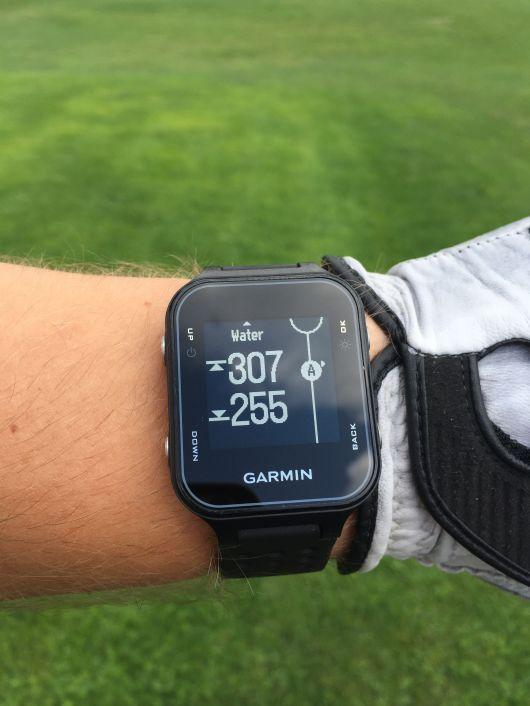 Testy sprzętu golfowego - zegarek Garmin S20 2
