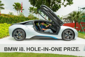Scott-Brown-in-the-All-New-BMW-i8-golfguru