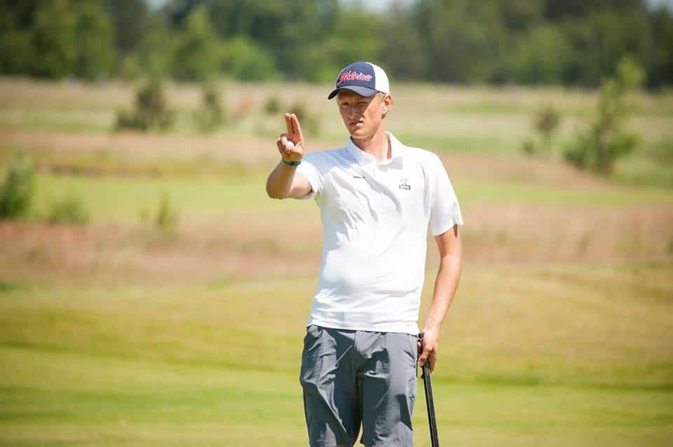 Adrian Meronk żegna się z amatorskim golfem 1