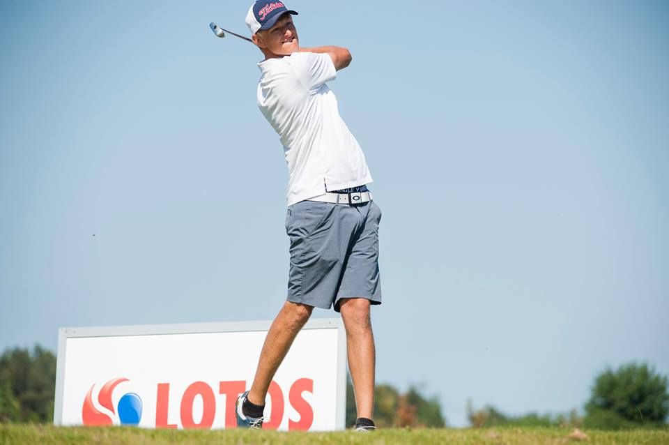 Adrian Meronk żegna się z amatorskim golfem 2