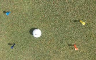 treningi-puttingu-krotkiego-i-sredniego-poziom-1-golfguru-pl